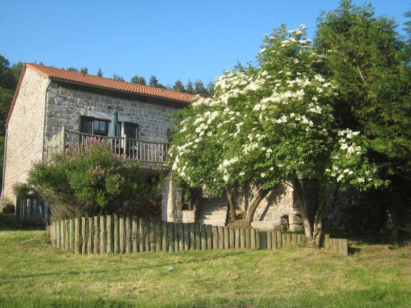 A Proximité du Lac de Naussac, holiday rental in Lozere