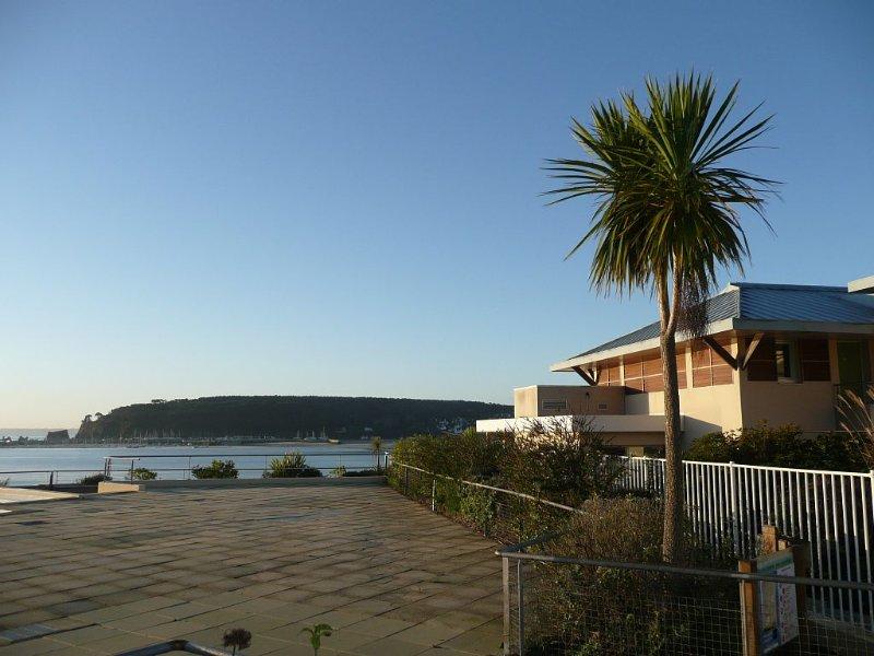 Appartement de standing face à la mer., holiday rental in Crozon