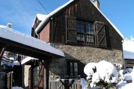 Chalet à Benque-dessous  Proche Pistes Peyragudes  Et Luchon, alquiler vacacional en Bagneres-de-Luchon