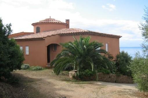 Location de charme dans  coin tranquille et résidentiel sur des accès mer privés, holiday rental in Olmeto