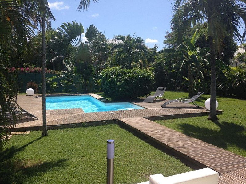 MAGNIFIQUE VILLA CONTEMPORAINE, holiday rental in Saint Francois