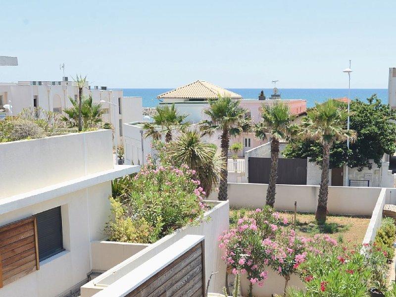 Magnifique appartement F3 Luxe résidence haut standing vue mer, location de vacances à Carnon