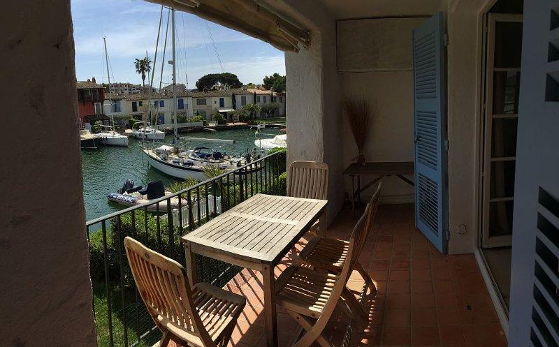 PORT GRIMAUD : Appartement de rêve dans  cartier calme et précieux, vacation rental in Port Grimaud