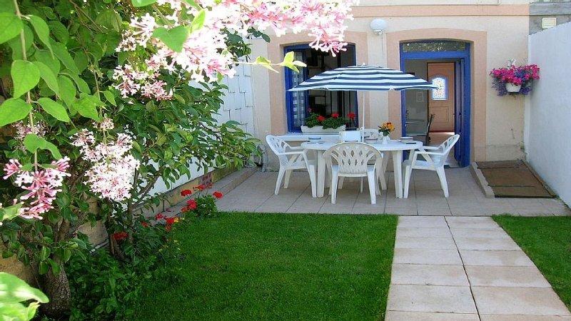 charmante maison près de ROUEN, location de vacances à Poses