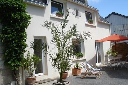 Gîte agréable proche plage du Cap-Coz et Centre FOUESNANT 1 Km, holiday rental in Fouesnant