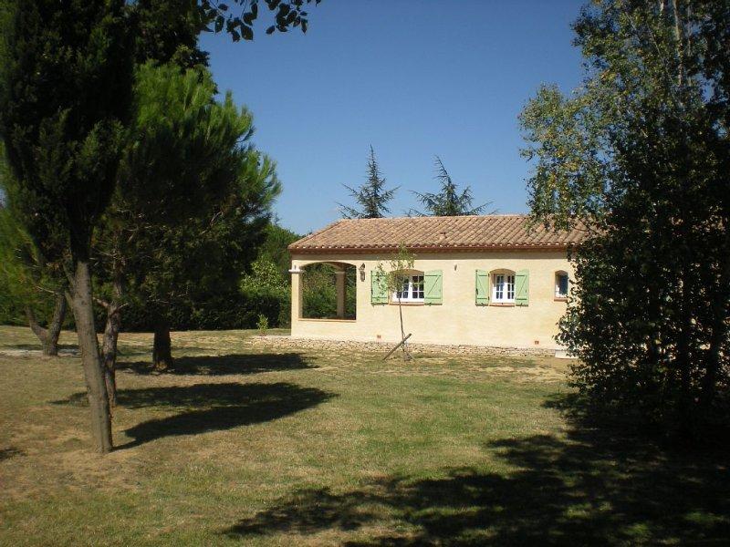Maison récente et indépendante proche de la cité Médiévale et d'un lac, Ferienwohnung in Trebes