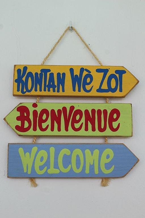 Bienvenue chez Nous!