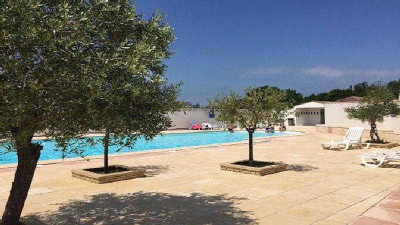Maison 3*, 6 personnes avec piscine, jardin, terrasse située à La Flotte en Ré, holiday rental in La Flotte