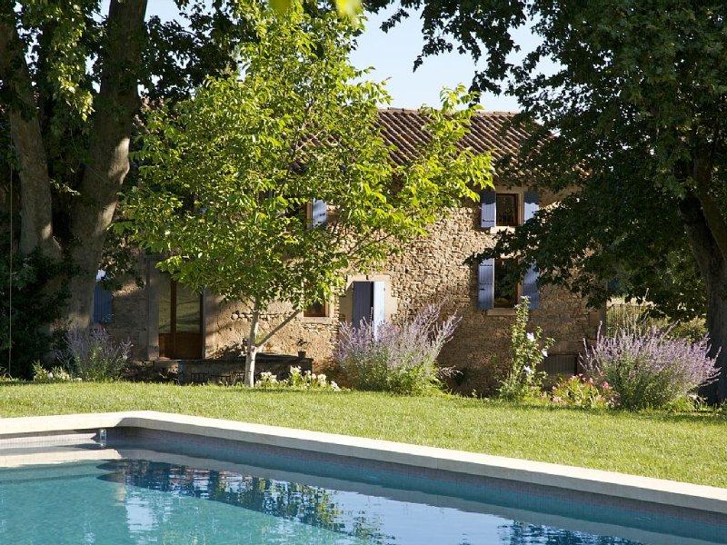 Mas **** à Bonnieux - Luberon - piscine privée chauffée - maison indépendante, vacation rental in Vaucluse