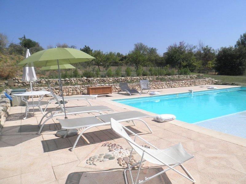 Parc du Luberon -  Maison avec piscine privée sur terrain 10 000 m2 sans vis à, location de vacances à Villelaure