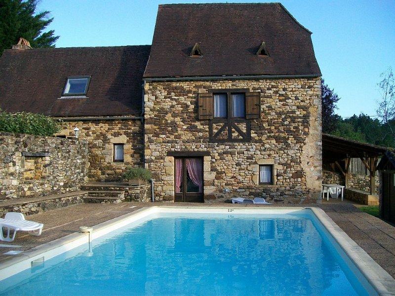LA BARONNIE  4/6 pers  24260 Audrix près sites les plus visités du Périgord Noir, casa vacanza a Audrix