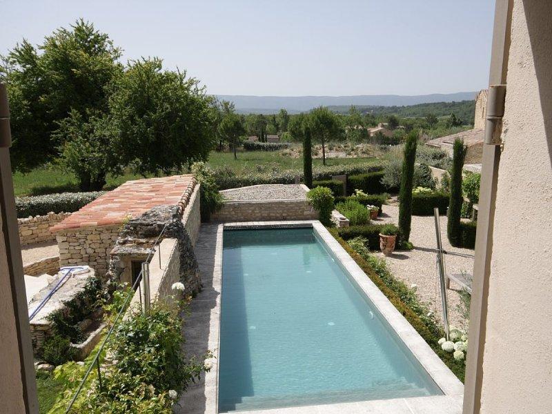 Exceptionnelle Maison d'hameau du 19e, calme,  jardin paysagé, piscine, casa vacanza a Vaucluse