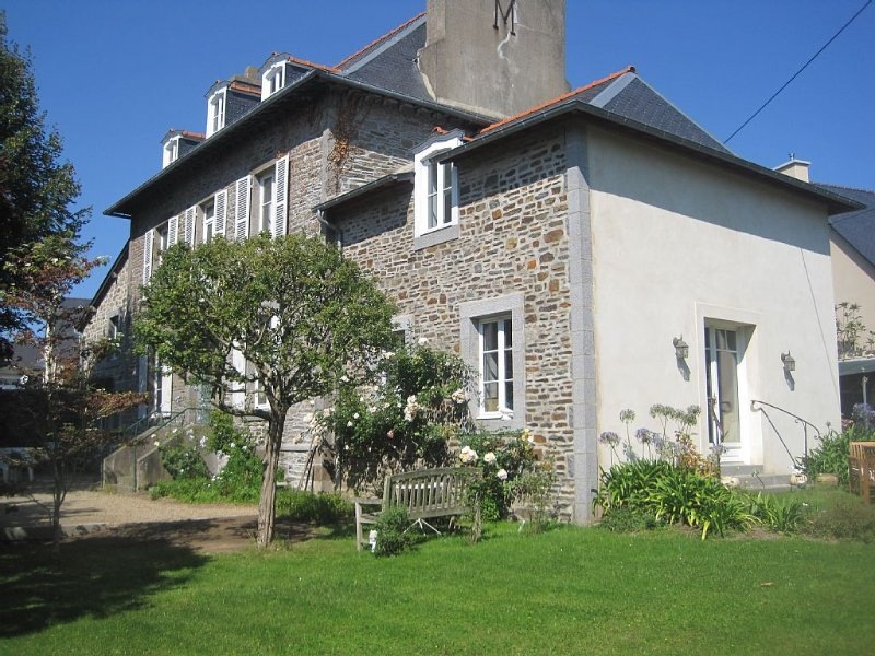 welcome to the closed Rimains, vacation rental in Cancale