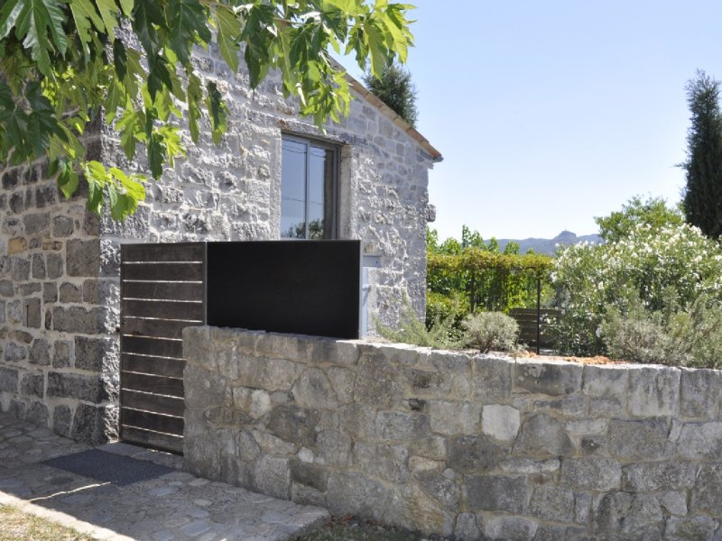 Architect's gite in 18th Century Mas, at the heart of the Southerner Ardeche, vacation rental in Ardeche
