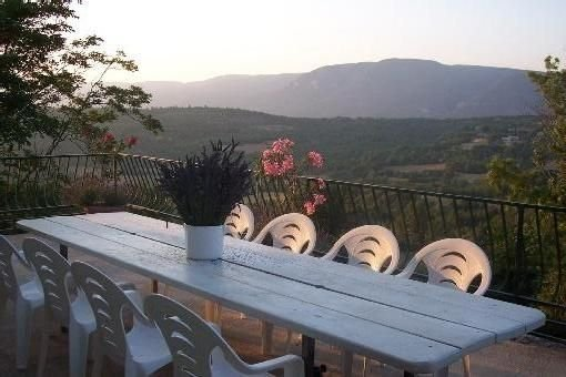 Vos vacances en Luberon..., holiday rental in Rustrel