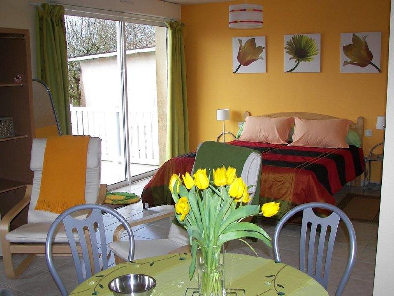 Chambre d'Hôtes proche du Puy du Fou, holiday rental in Montournais