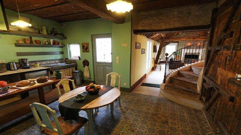 Gite dans l'Aisne de 5 chambres, location de vacances à Chevennes