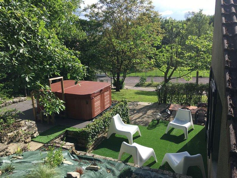 Très beau gîte, détente et nature, aluguéis de temporada em Vermenton