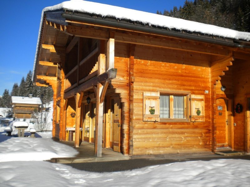 Chalet  savoyard  très confortable - WIFI, vacation rental in La Clusaz