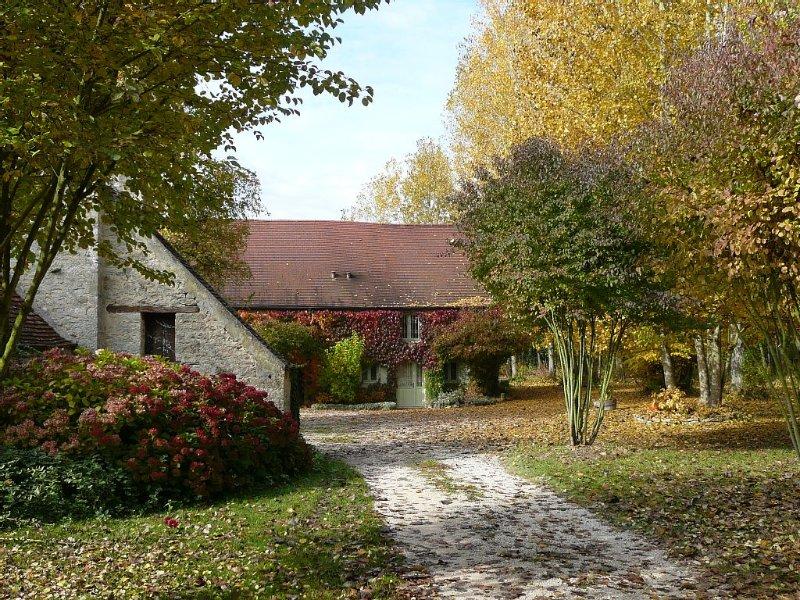 Moulin de Cussigny, Gîte de charme - Promotion court séjour 4 à 6 nuits, holiday rental in Vosne-Romanee