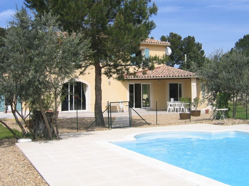 Villa de trés grand confort - Sablet -Vaison la Romaine - Provence, location de vacances à Violes