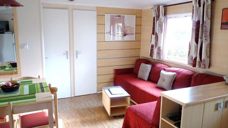 Mobil Home 36 m² - 3 ch (8 p) - Terrasse couverte 15 m² aux Charmettes****, location de vacances à Les Mathes