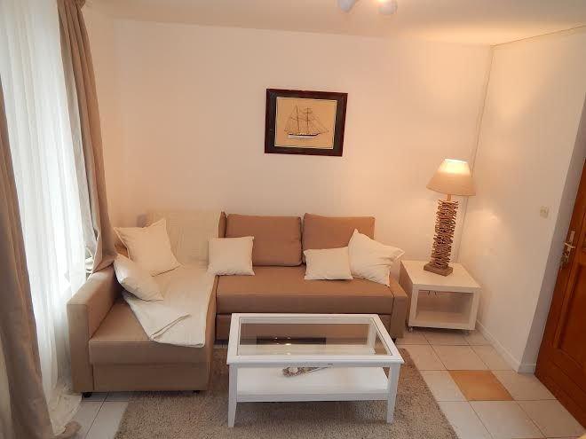 CABOURG CENTRE VILLE. Maison 60m², à 5mn de la plage pour 6 personnes,3 chambres, holiday rental in Cabourg