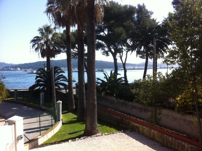 A SAISIR 600€ LA SEMAINE DE SEPTEMBRE A JUIN  !!!, casa vacanza a La Seyne-sur-Mer
