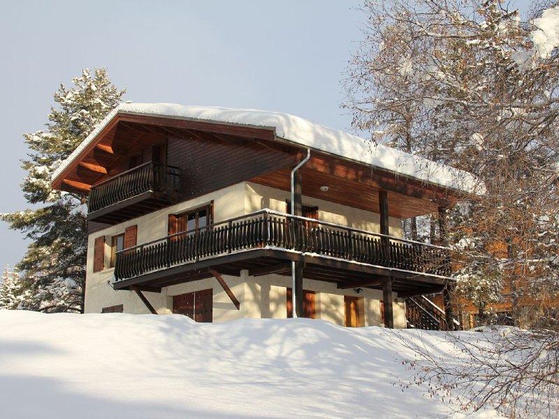 Très beau chalet sur grand terrain, Serre-Chevalier 1500, location de vacances à Le Monetier-les-Bains