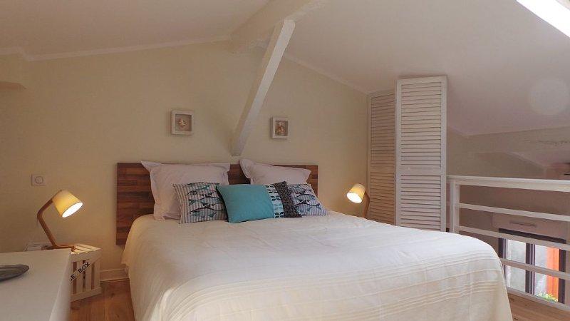 Proche Bordeaux, Maison meublée, entièrement rénovée toute équipée, Ferienwohnung in Villenave D'ornon