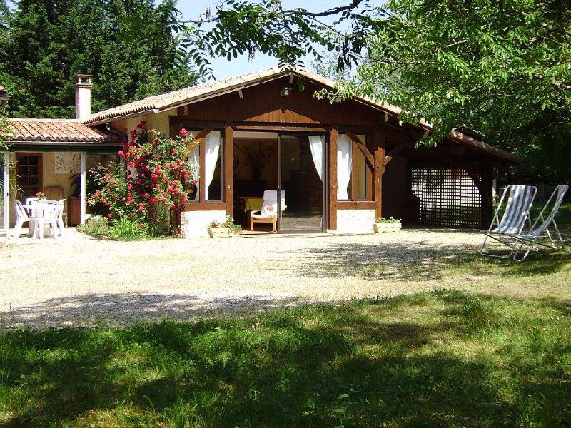 Gîte 3*** Entre Bergerac et Saint Emilion Calme et sérénité, holiday rental in Villefranche-de-Lonchat