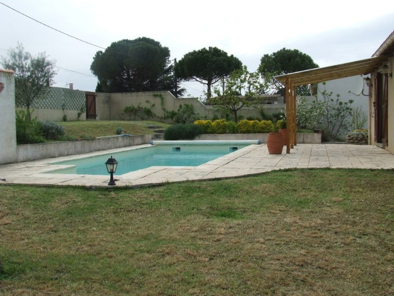 4-sided house with pool and terrace south - Come get rest, location de vacances à Cité de Carcassonne