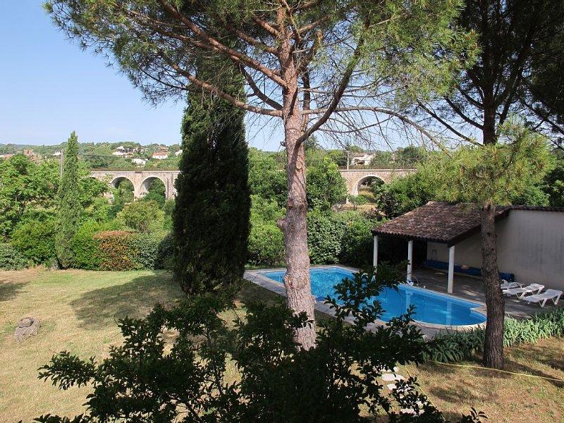 Classée 4 étoiles - Une grande propriété au calme avec piscine privée chauffée, holiday rental in Saint-Sernin