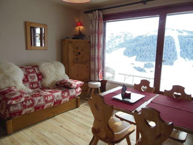 Départ Skis aux pieds, terrasse plein Sud, Panorama à couper le souffle !!, holiday rental in Notre Dame de Bellecombe