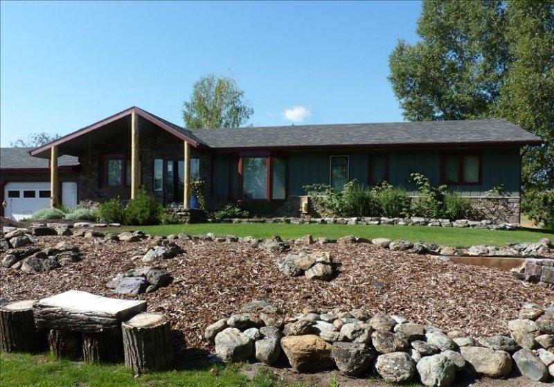 Two Homes In the Heart of Bozeman, holiday rental in Four Corners