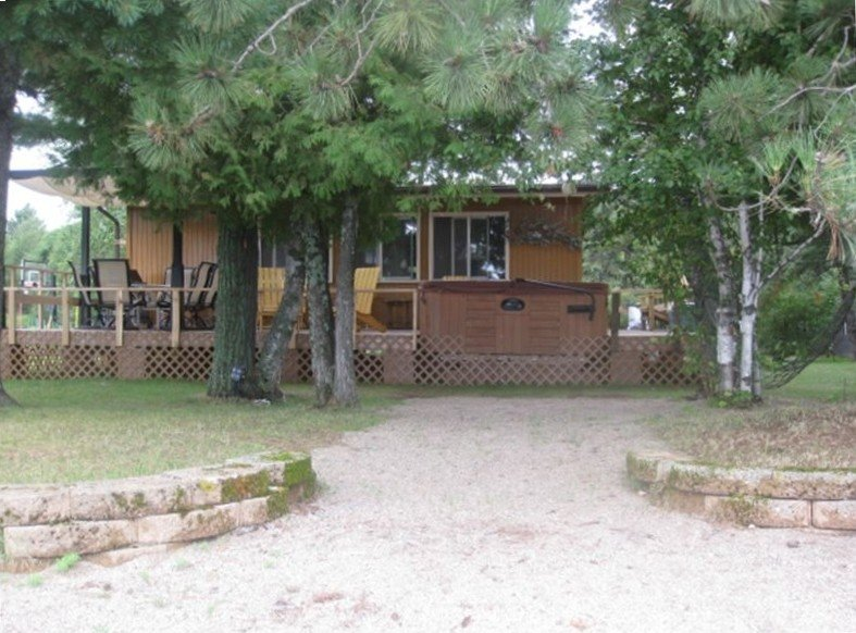 BIRCH   POINT  CABIN, holiday rental in Cook