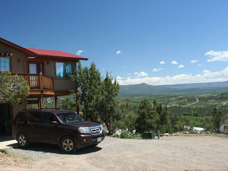 A Feast For Your Senses And The Feelling Of Being On Top Of The World, holiday rental in Paonia