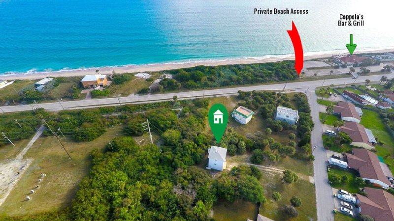 Ocean Views,Secluded 3 Story Home On 1/2 Acre of Palms.Contact Free Check In., vakantiewoning in Micco
