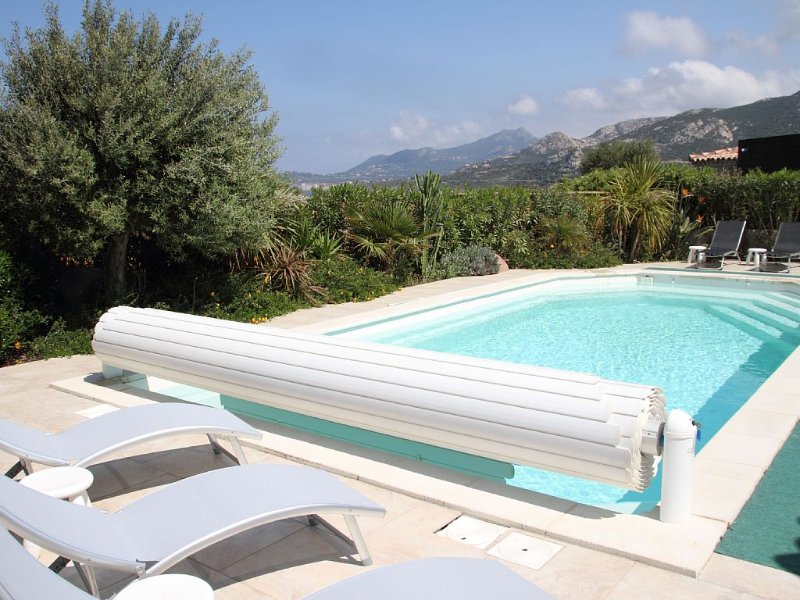 VILLA AVEC PISCINE (8 PERSONNES) LUMIO 20260 HTE CORSE / plage à 5 min, vacation rental in Lumio