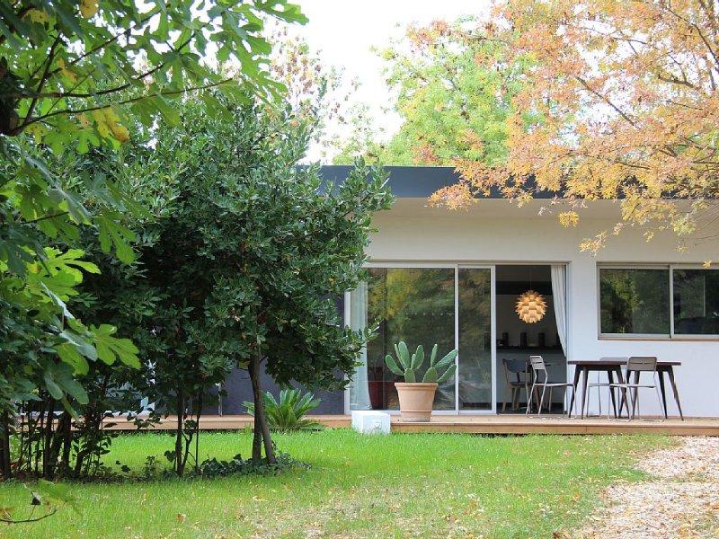 Villa au calme d'une oasis de verdure, casa vacanza a Marsiglia