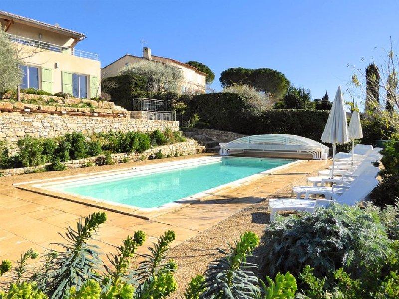 Villa Santa Ana, clim, piscine chauffée, paradis pour enfants, WIFI, vue, vacation rental in Le Castellet