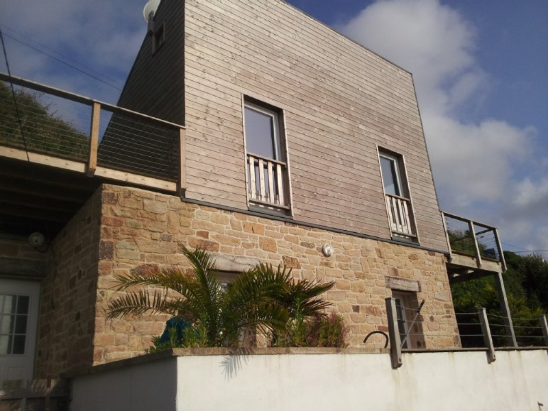 MAISON EN BORD DE MER, vacation rental in Ploumilliau