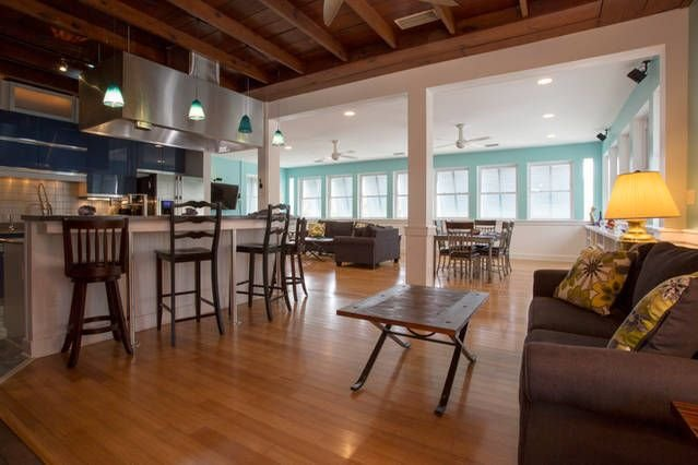 Huge open floor plan kitchen, eat in bar, dining rm and 2 living rms w/pullouts
