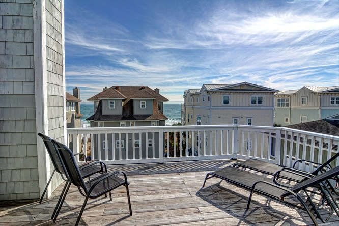3 BEDROOM BEAUTIFUL SEASIDE HOME~SIMPLY PARADISE, holiday rental in Wrightsville Beach