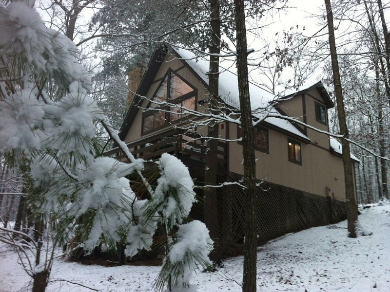 4 Seasons Chalet Awaits You at Bryce Resort, vakantiewoning in Basye