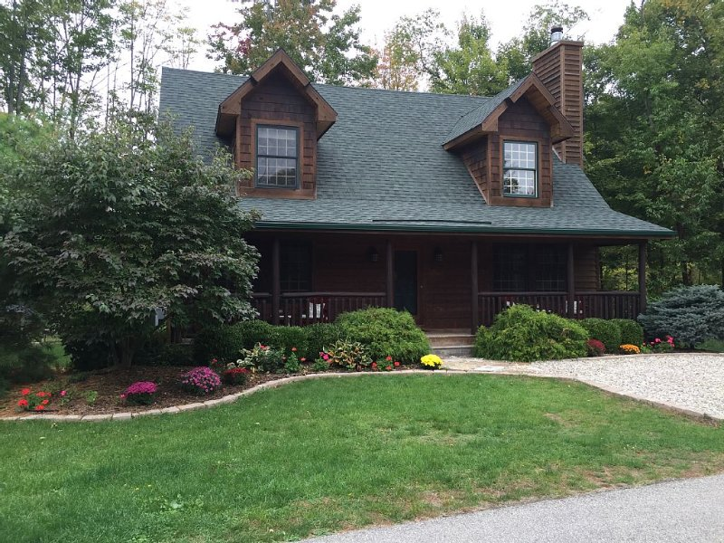 Pure Michigan. Cabin retreat., vacation rental in Saugatuck