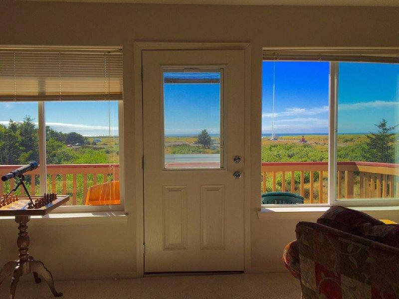 SANDCASTLE Vacation home, in Heart of Long Beach with Spectacular Ocean View., aluguéis de temporada em Long Beach