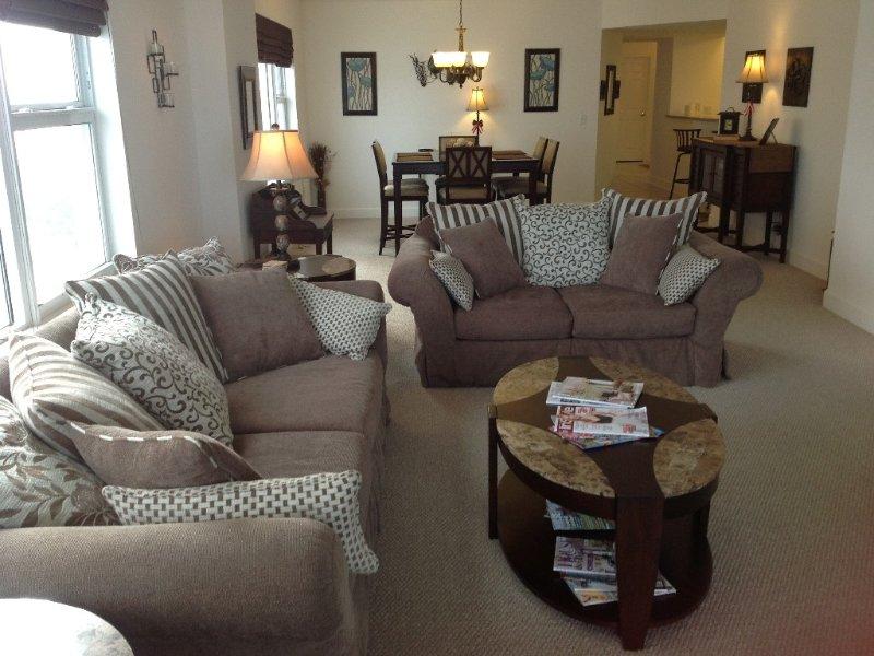 Designer Style 8th Floor Oceanfront Condo, vacation rental in Daytona Beach Shores