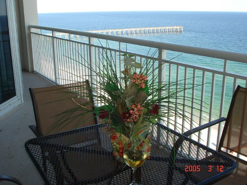 Open Easter Sunday , Apr 15 - 18 * $499 for 3 nights / Heated Pool & Spa / WIFI, holiday rental in Navarre