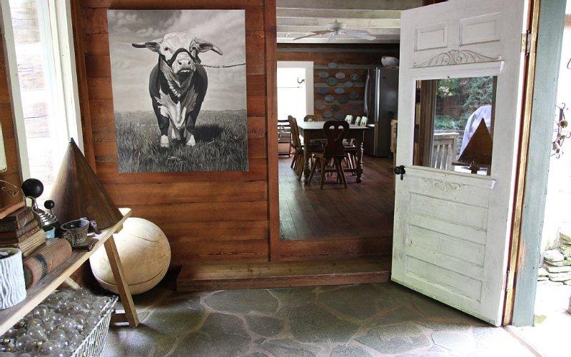Main Cabin / Entry